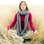 Йога для вата доши: как сделать практику эффективнее?