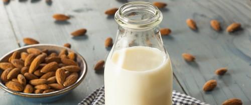 Миндальное молоко: рецепт и польза