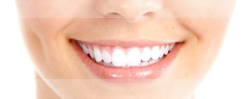 Полезные свойства кокосового масла для зубов и десен